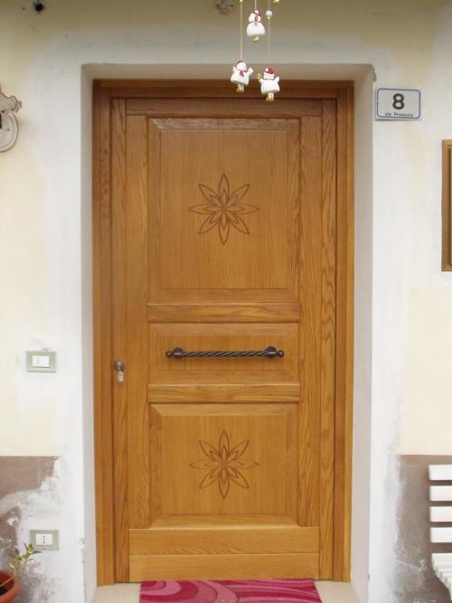 Portoncini di ingresso in legno - Valdagno - FALEGNAMERIA PAULINI ...