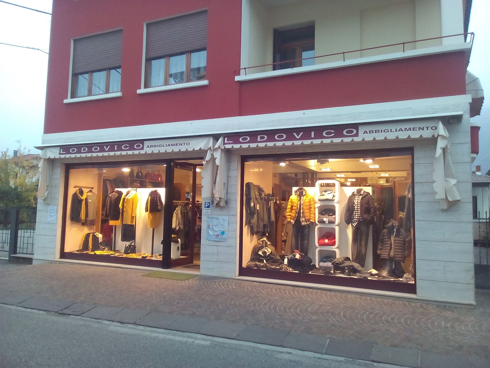 Abbigliamento Uomo Donna e Bambino - Vicenza - Chiuppano 68168ff6b72