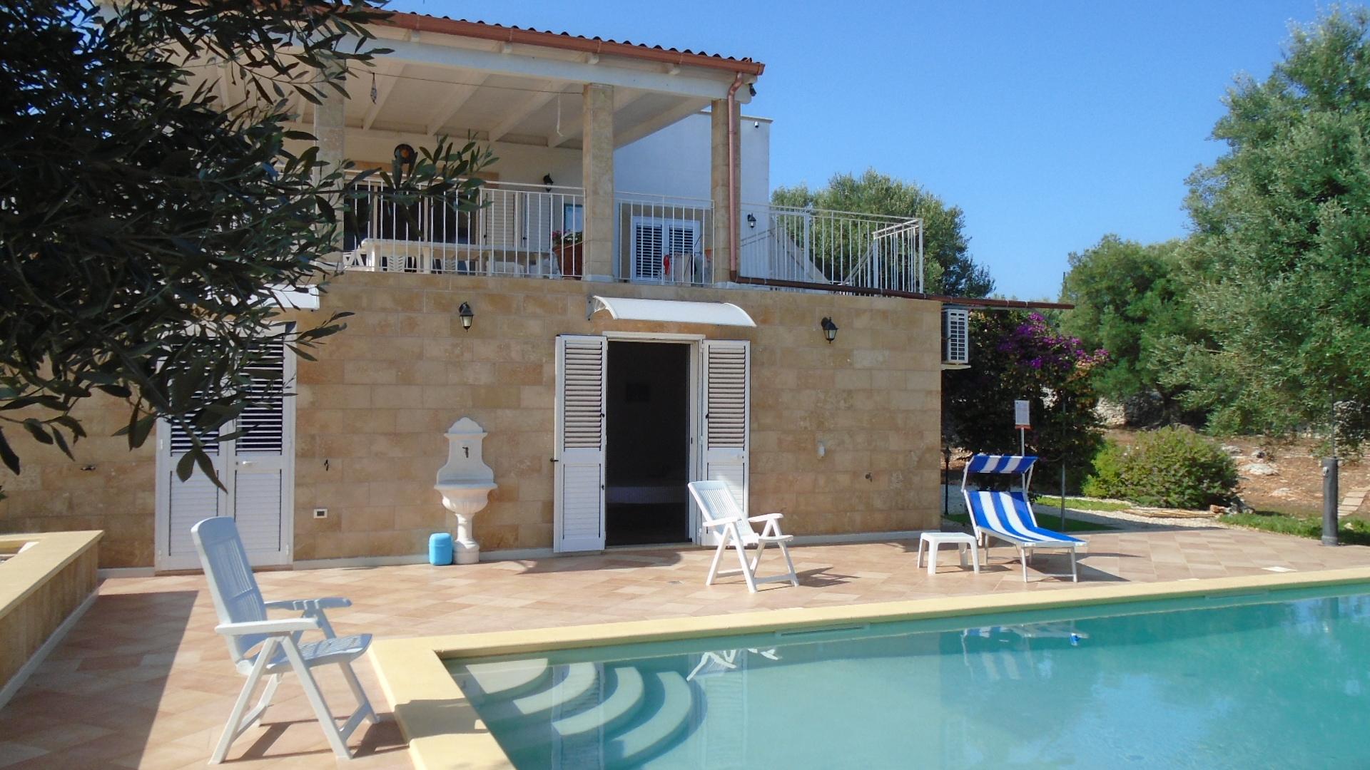 Affitto villa con piscina in puglia zona ostuni 26 agosto - Villa in affitto con piscina ...