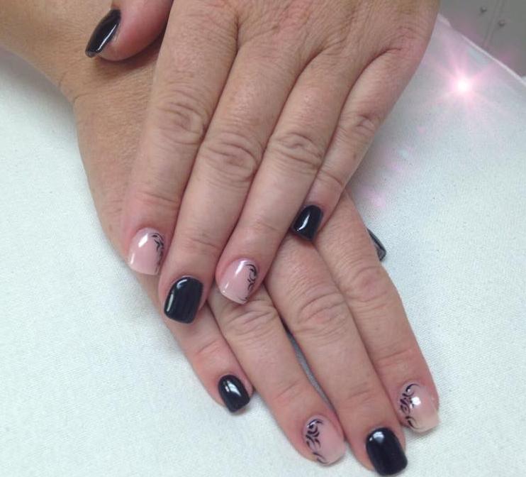 Singer Monica Nail Salon: Salone Per Manicure E Unghie Nail Art