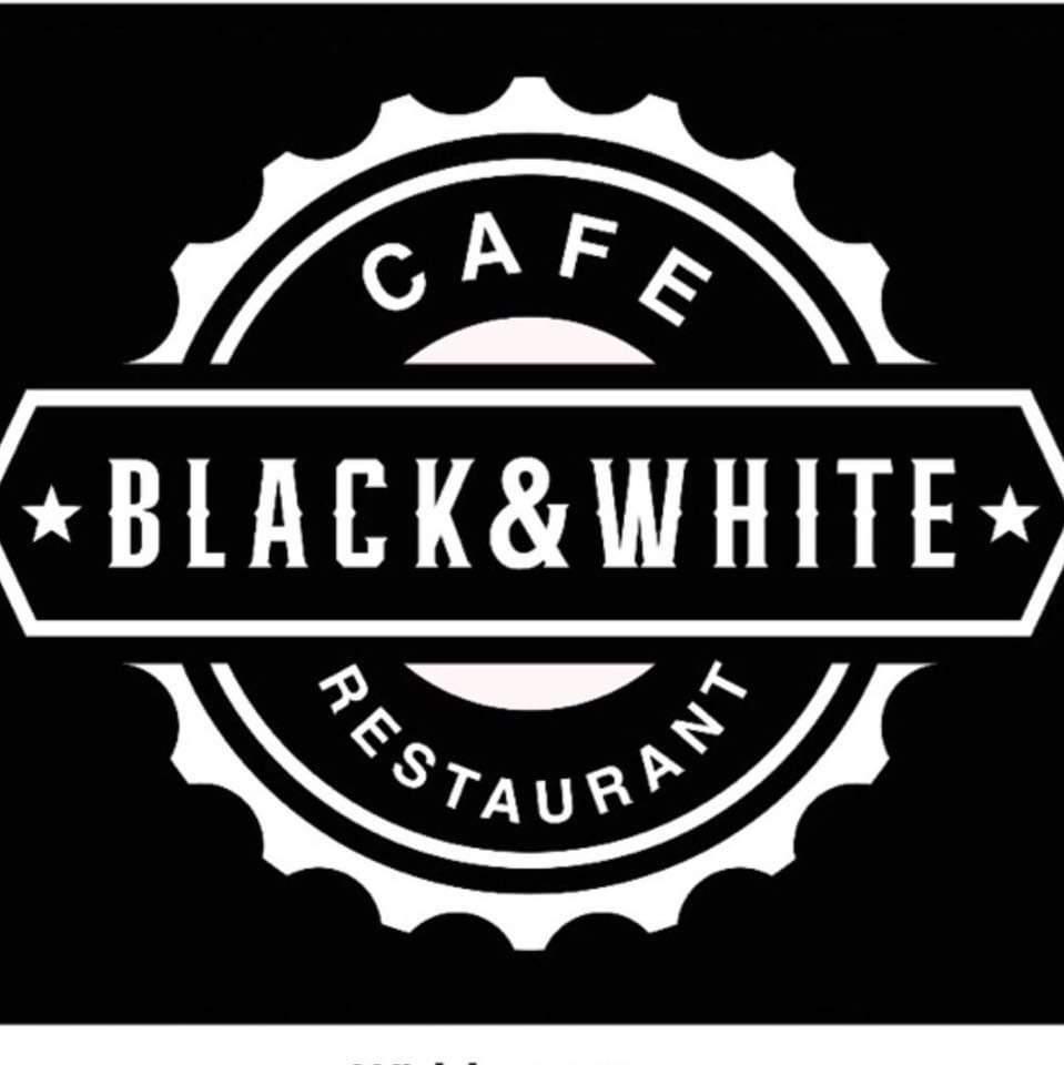 Black & White Cafè and Restaurant
