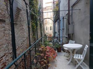 Appartamento 140mq al primo piano con terrazza – Venezia – Venezia – Abitare sas