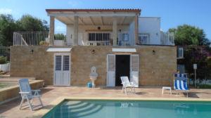 Affitto-Villa con Piscina in Puglia–zona Ostuni-26 agosto-2 settembre