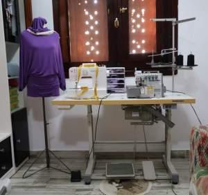Monica sarta italiana a Sharm el sheikh Riparazioni, orli jeans, orlo a mano sottopunti gonne e pantaloni, Cerniere di jeans abiti e cuscini, Rimes