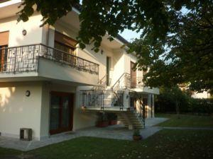 Casa singola a Frescada in vendita – Treviso – Agenzia Casadolcecasa