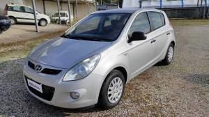 Hyundai i20 1.2 5p. GPL ACTIVE, gomme est. come nuove (ant. 5 mm, post 6 mm), fendinebbia, c.centr. con telecomando, 2 chiavi, vetri elettr., 8 airba