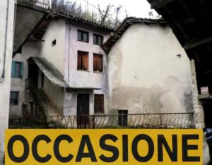 Vendita casa con fienile e ampio giardino a Valdagno – Vicenza