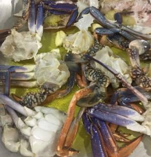 Preparazione del granchio blu del mar Mar Rosso- ristorante Dolce e Salato – Sharm el Sheikh